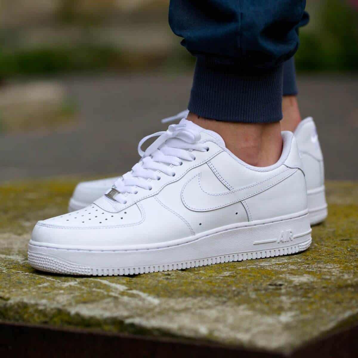 Giày Nike Air màu trắng