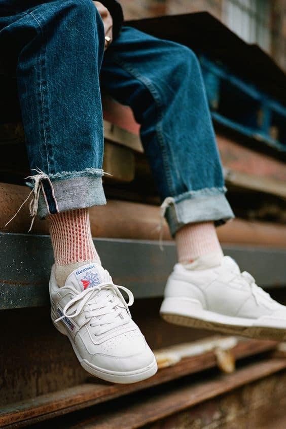 i giày sở hữu những đường nét cổ điển đầy biểu tượng