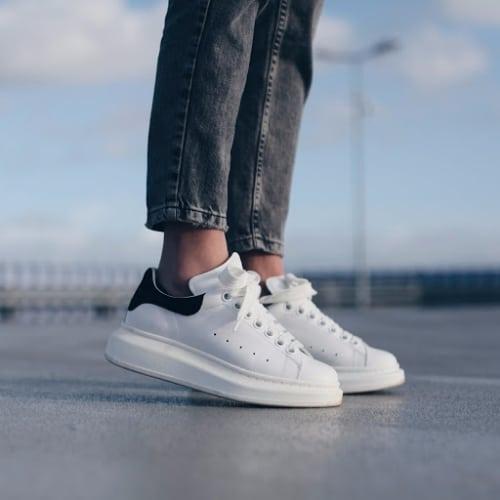 Alexander MCQueen Oversized Sneaker Black 3