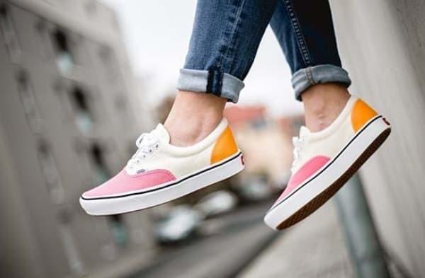 Giày vans nữ trắng hồng vàng của Vans Classic ComfyCush Era