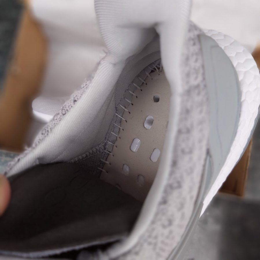Giày thể thao Ultra Boost 4.0 Grey Three