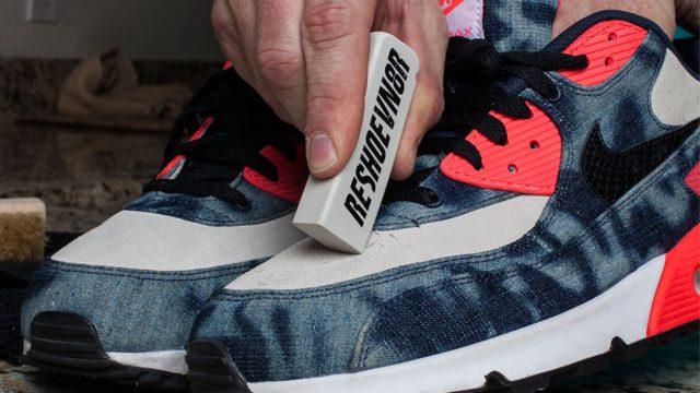 1. Dung gom tay sach giay sneaker da trang bi ban