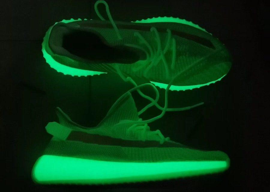 Adidas Yeezy 350 V2 Glow in the dark