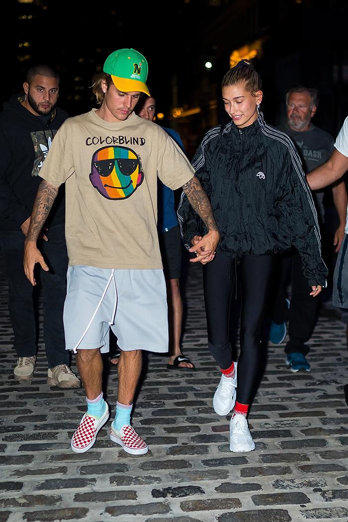 Justin Bieber mang doi giay Vans Slip On va bo suu tap khung sneaker