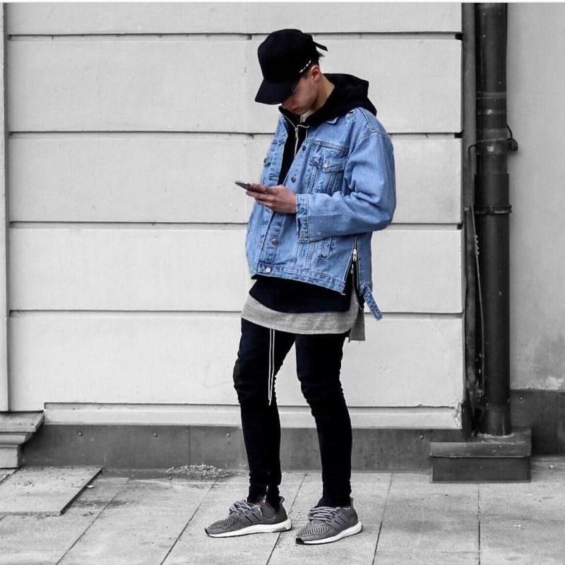 Phoi do voi giay the thao Adidas Ultra Boost trang den