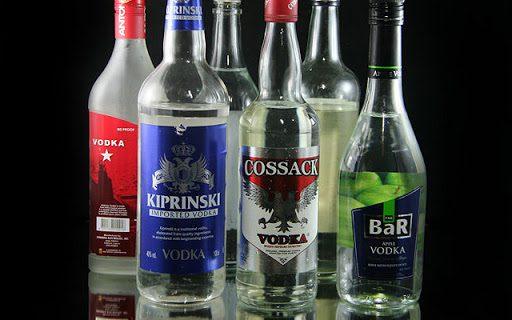 tinh dau pha voi ruou vodka