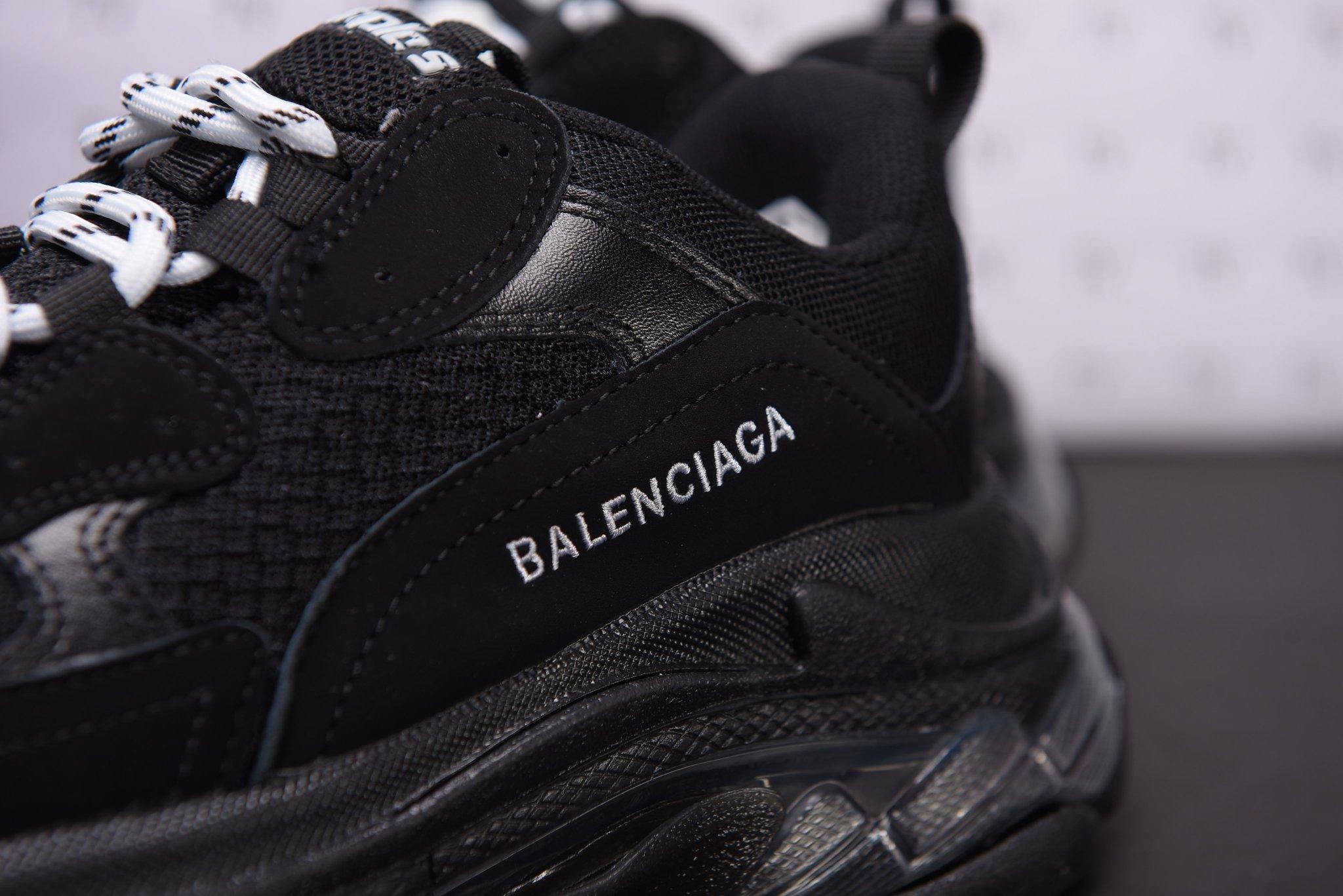 Balenciaga Triple S Black Đen Full Bản Sạch Replica™ 1:1 Logo được thiêu chỉnh chu