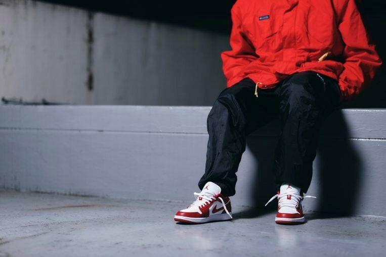 Jordan 1 Low Gym Red White cá tính