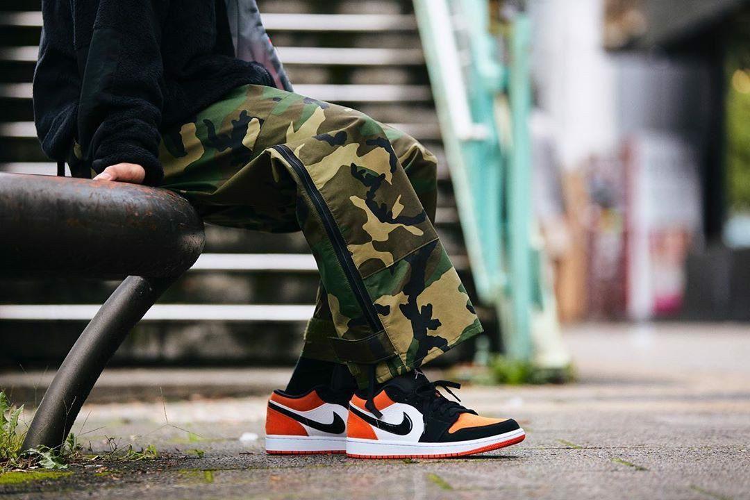 Giày Thể Thao Nike Air Jordan 1 Low Shattered Backboard thu hút