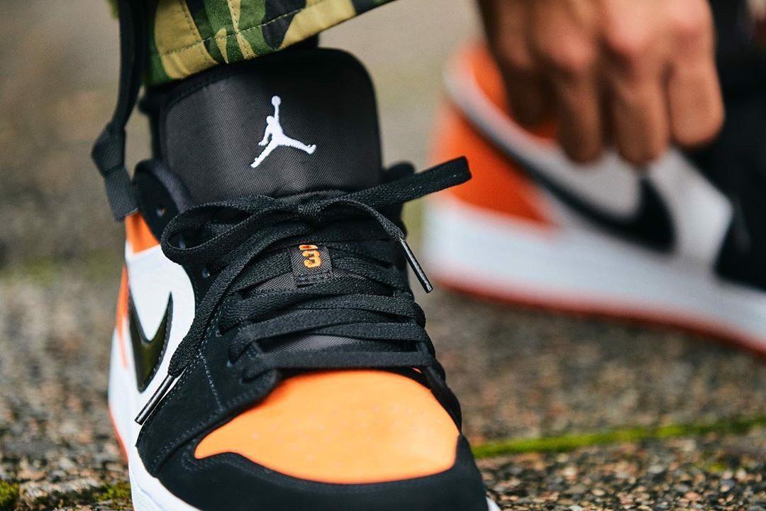Giày Thể Thao Nike Air Jordan 1 Low Shattered Backboard cận cảnh