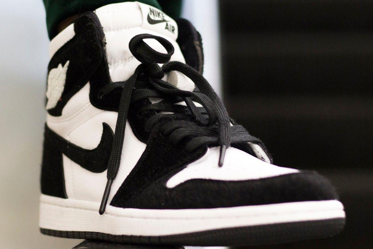 Jordan 1 Panda trắng đen dễ phối đồ