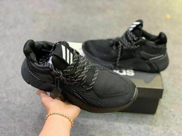 Giày Adidas Alphabounce Instinct M Full Đen nhìn từ trên xuống