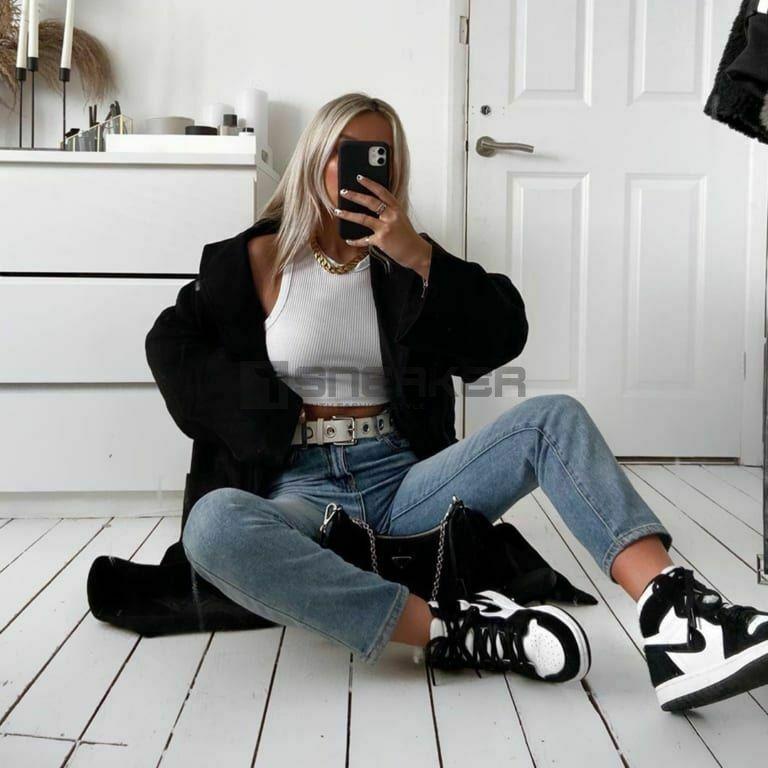 Giay Jordan 1 Panda phoi voi quan Jeans 1