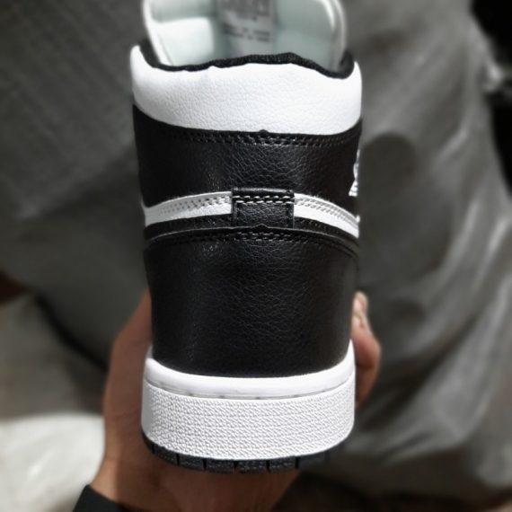 Gót giày Nike Air Jordan 1 Panda Đen Trắng