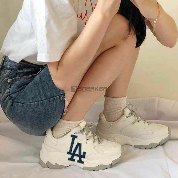 MLB LA Dodgers Sneaker 3