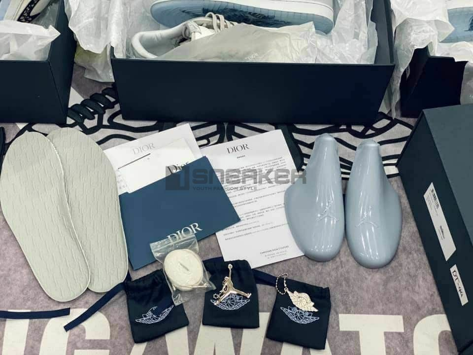 giay nike air jordan 1 retro low dior co thap like auth dep chat 13 result
