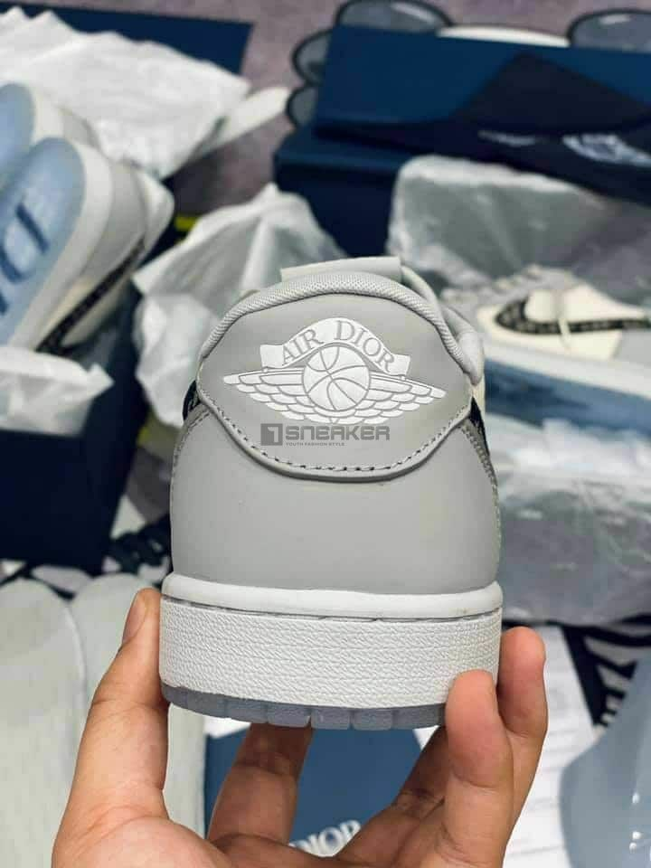 giay nike air jordan 1 retro low dior co thap like auth dep chat 6 result