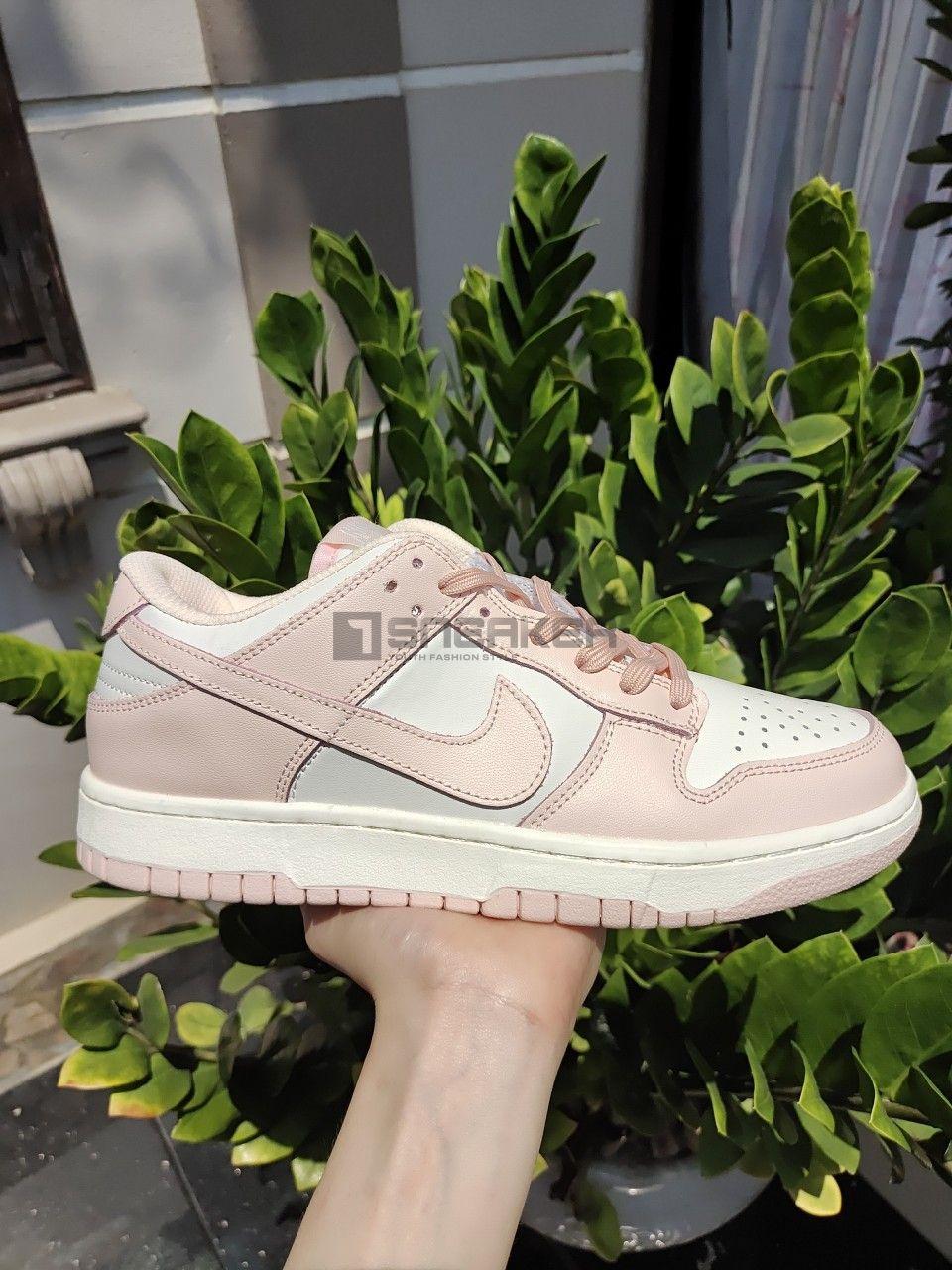 Giày Nike Wmns Dunk Low 'Orange Pearl mặt bên