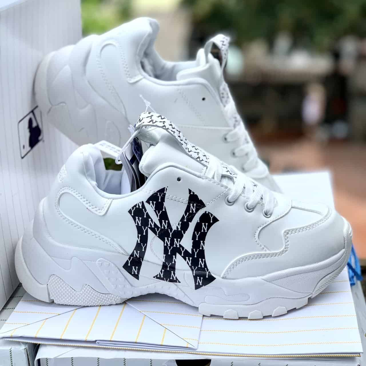 MLB Chunky Monogram LT New York Yankees hàng replica