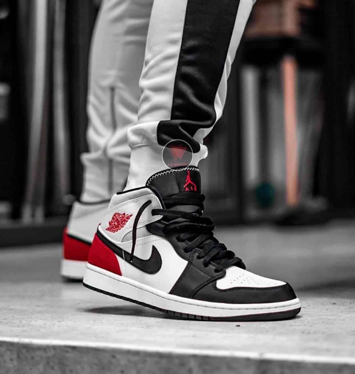 Nike Air Jordan 1 Mid SE Union Black Toe chất lượng