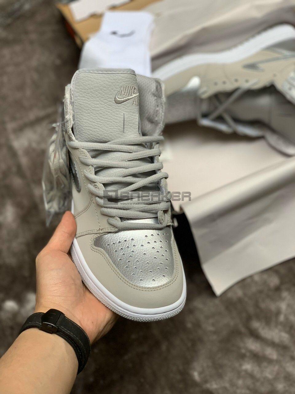 Nike Air Jordan 1 Retro High CO Japan Neutral Grey