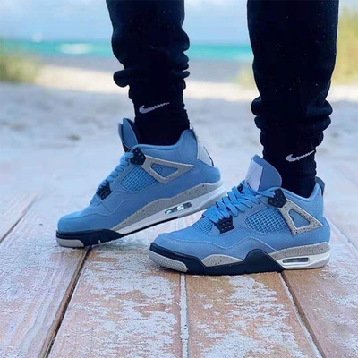 Nike Air Jordan 4 Retro GS University Blue
