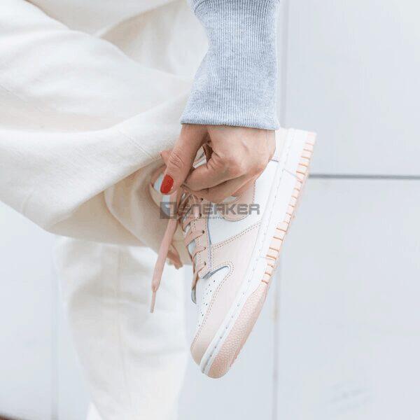 Giày Nike Wmns Dunk Low 'Orange Pearl sắc nét