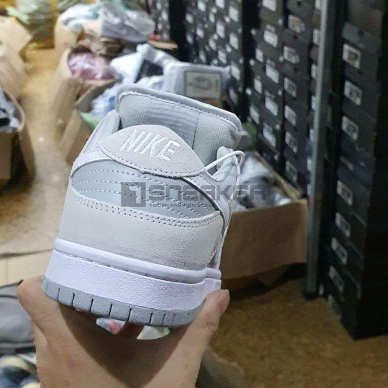 Nike SB Dunk Low Summit White Wolf Grey mặt sau