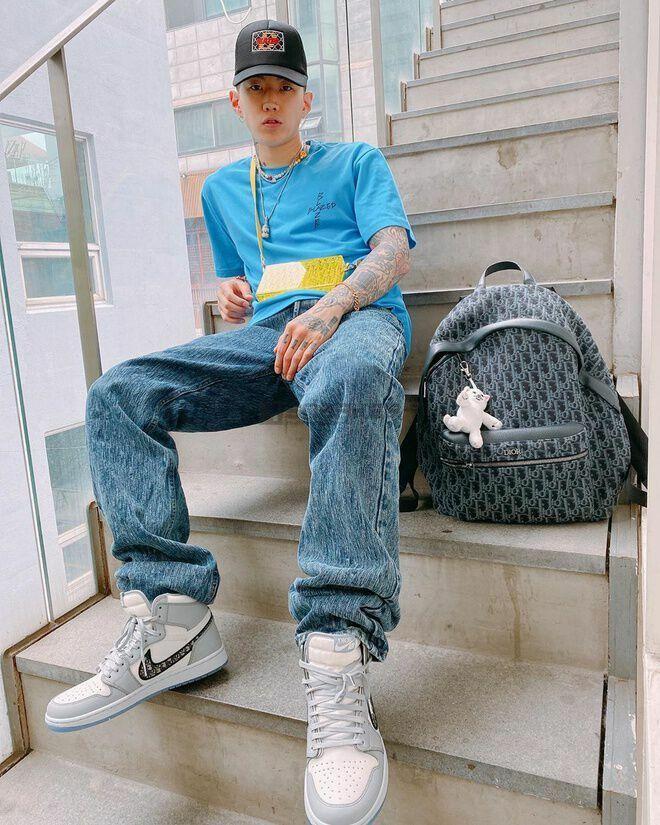phoi do voi Nike Air Jordan 1 Dior 3