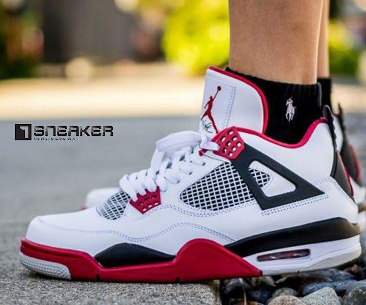 Tại sao Air Jordan 4 được giới trẻ yêu thích