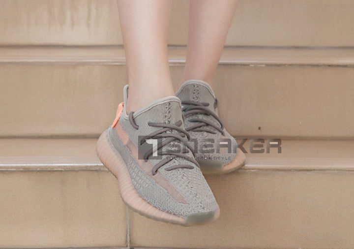 Đôi nét về giày adidas Yeezy 350 V2