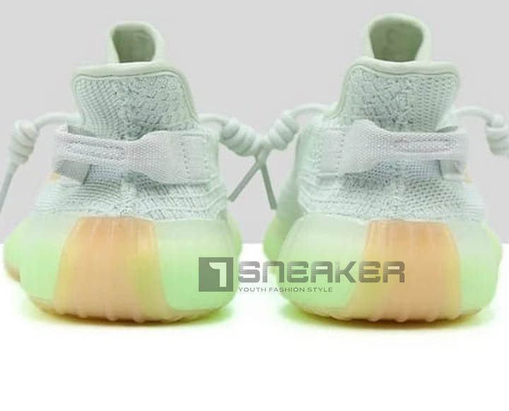 Giày thể thao Adidas Yeezy Boost 350 V2 Hyperspace