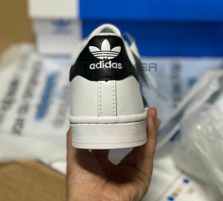 Vì sao nên chọn giày adidas superstar rep 11 thay vì rep thường