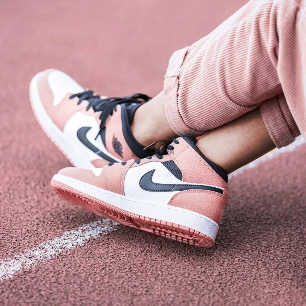 Nike Air Jordan 1 Mid Pink Quartz